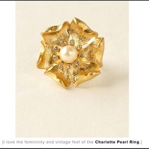 Stella and Dot Charlotte Pearl Ring